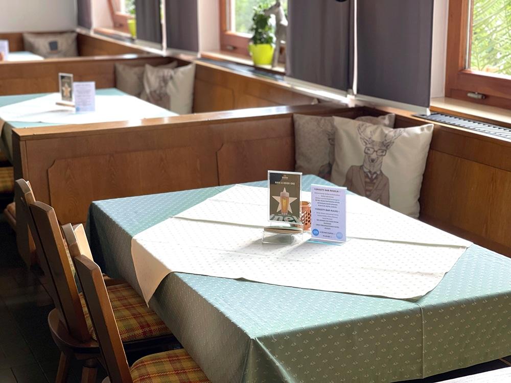 Honesty Bar Hotel Kronenhirsch