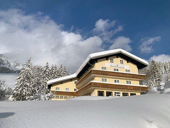 Hotel Kronenhirsch in Russbach