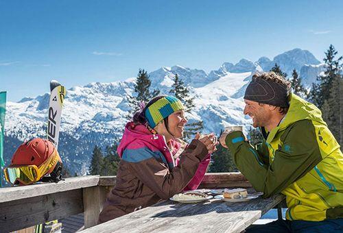 Pärchen Skiurlaub Dachstein West